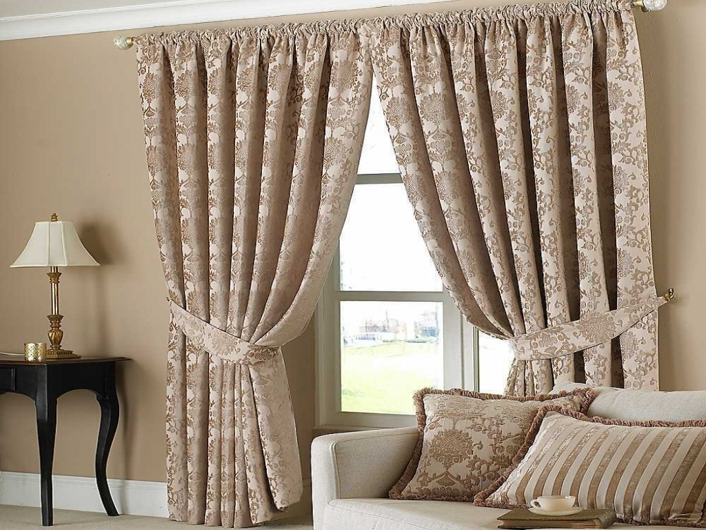 Choosing the Best Curtains for your Room Design